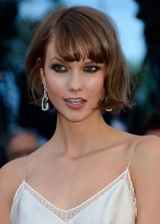 Choppy Short Wavy Hairstyle With Wispy Bangs – Pretty Designs Intended For Short Haircuts With Wispy Bangs (View 12 of 20)