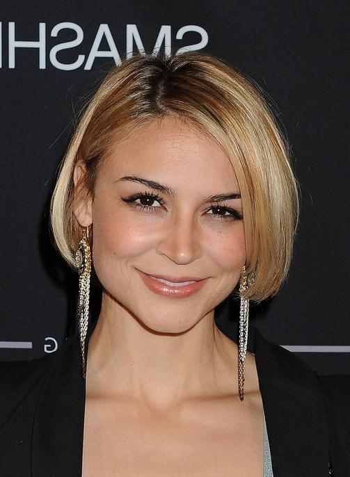 Classic Short Bob Hairstyles – Side Part Short Haircut – Samaire Within Classic Short Hairstyles (View 8 of 20)