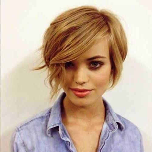 Classy Short Haircuts For Thick Hair | Hairstyles Update Pertaining To Edgy Short Haircuts For Thick Hair (View 10 of 20)