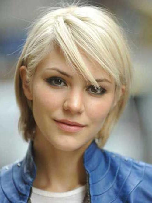 Featured Photo of Cute Short Haircuts For Thin Straight Hair