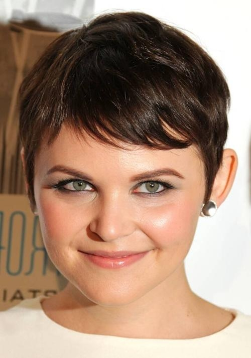 Cute Short Haircuts For Fat Faces – New Hairstyles, Haircuts Inside Short Haircuts For Fat Face (View 14 of 20)