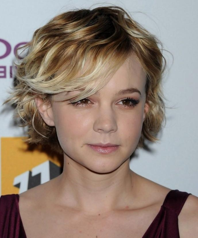 Cute Short Hairstyle With Side Bangs – Hairstyles Weekly With Regard To Short Haircuts With Side Bangs (View 12 of 20)