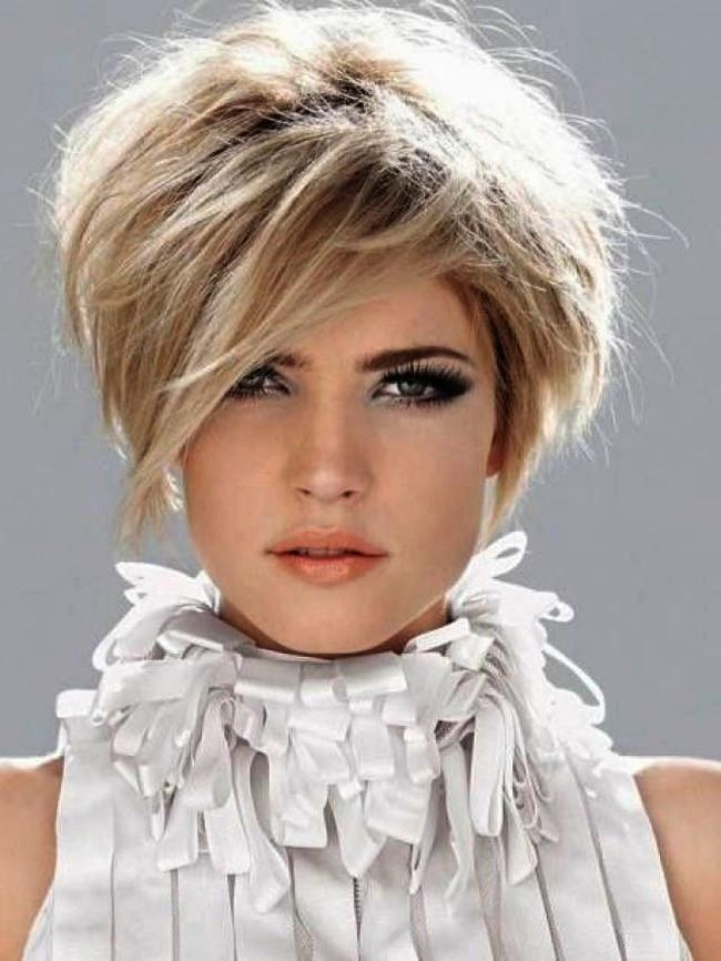 Cutting Short Hair Effect Windswept Haircuts Spring Summer In Throughout Short Hairstyles For Spring (View 6 of 20)