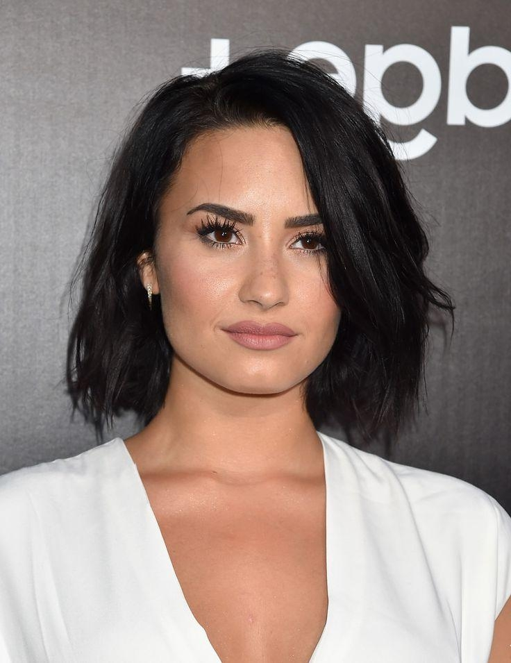 Demi Lovato Bob | Bobs, Makeup And Haircuts In Demi Lovato Short Haircuts (View 2 of 20)