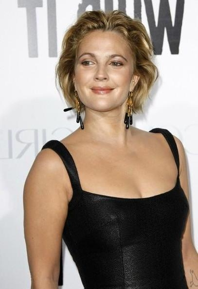 Drew Barrymore Short Hairstyle : Hairii Throughout Drew Barrymore Short Hairstyles (View 18 of 20)