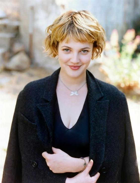 Drew Barrymore's 10 Best Hair Looks – Styleicons For Drew Barrymore Short Haircuts (View 16 of 20)