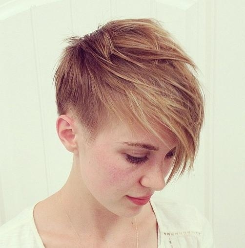 Feminine Short Layered Pixie Hairstyle For Fine Hair – Hairstyles In Pixie Layered Short Haircuts (View 11 of 20)