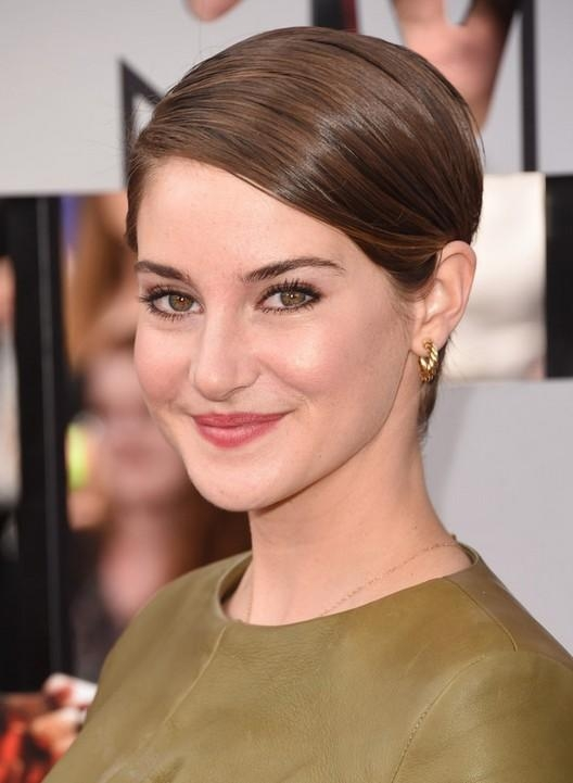 Formal Hairstyles For Pixie Cuts – Shailene Woodley's Straight Within Short Haircuts Without Bangs (View 13 of 20)