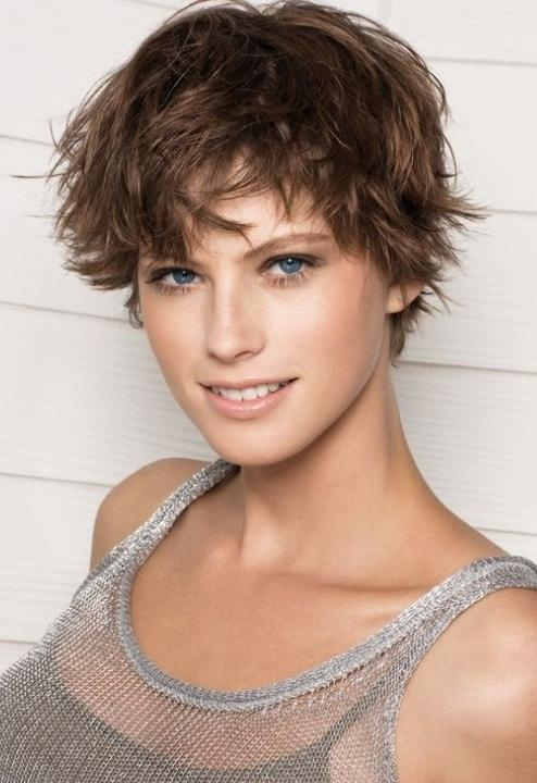 Fun Messy Feminine Short Hairstyles With Layers – Hairstyles Weekly Throughout Feminine Short Haircuts (View 6 of 20)
