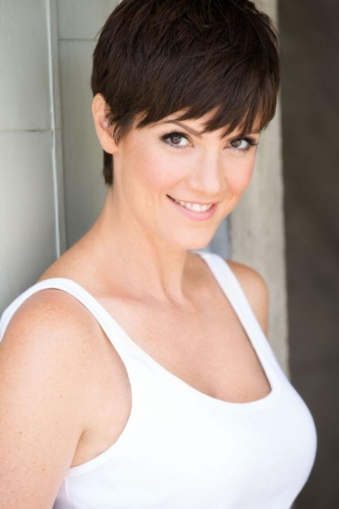 Haircuts In Your 40S – Popular Long Hairstyle Idea Inside Short Haircuts For Women In Their 40S (View 16 of 20)