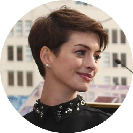 Haircuts Trends 2017/ 2018 – Anne Hathaway Short Haircut (Hair Within Anne Hathaway Short Hairstyles (View 20 of 20)