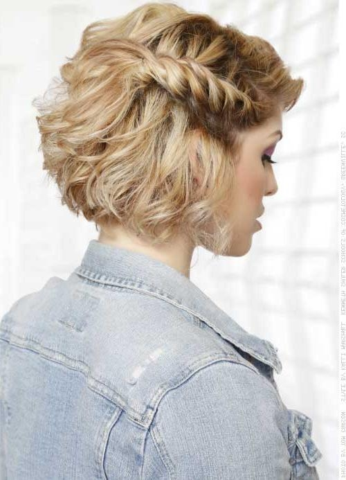 Featured Photo of Short Haircuts For Prom