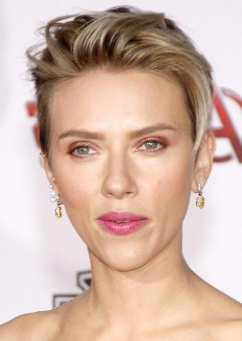 Hairstyles Scarlett Johansson – Cutting Edge Short Hairstyle Inside Scarlett Johansson Short Haircuts (View 7 of 20)