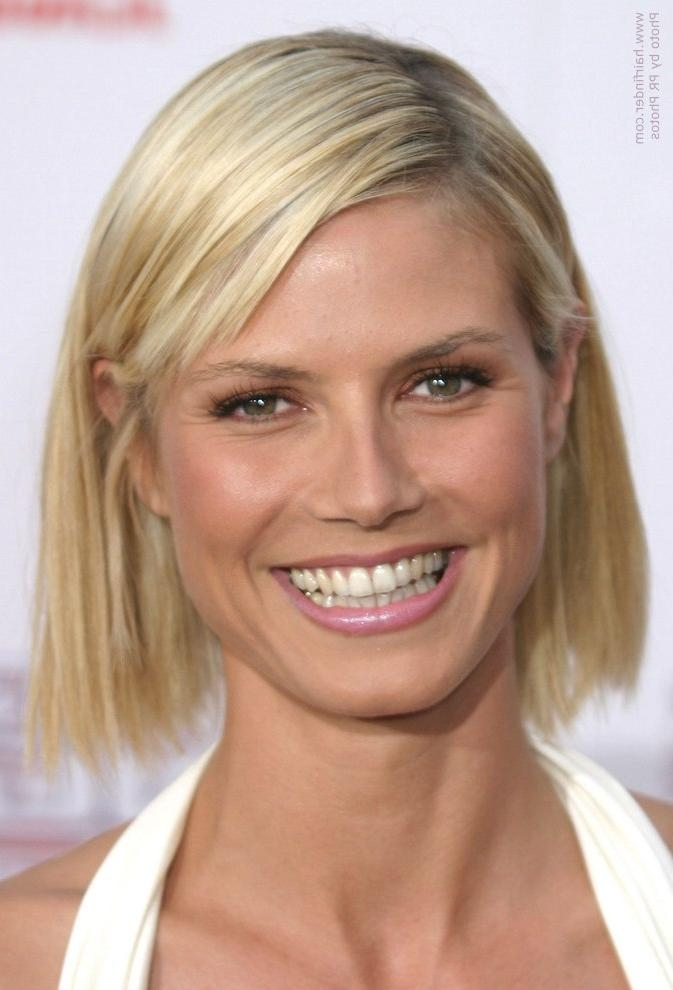 Heidi Klum With Her Hair In A Just Above The Shoulders Chopped Bob Inside Heidi Klum Short Haircuts (View 5 of 20)