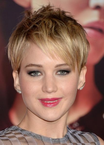 Jennifer Lawrence Pixie – Short Hairstyles Lookbook – Stylebistro Regarding Jennifer Lawrence Short Haircuts (Gallery 6 of 20)