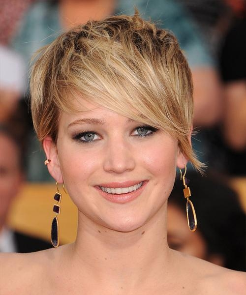 Jennifer Lawrence Short Straight Casual Hairstyle – Dark Blonde Within Jennifer Lawrence Short Haircuts (Gallery 1 of 20)