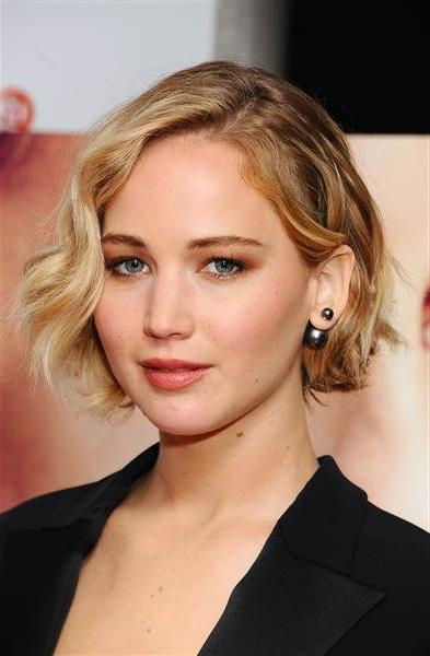 Jennifer Lawrence's Best Short Hairstyles To Copy In 2016 | 2017 For Jennifer Lawrence Short Hairstyles (View 8 of 20)