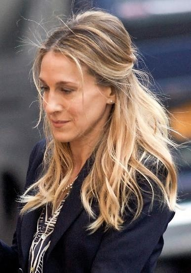 Jessica Parker Updo Hairstyle Within Sarah Jessica Parker Short Hairstyles (View 7 of 20)