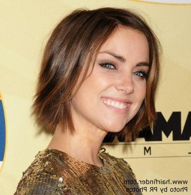 Jessica Stroup's Short Hairstyle That Lies In The Middle Of Her With Regard To Mila Kunis Short Hairstyles (View 8 of 20)