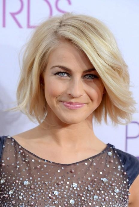 Julianne Hough Short Hairstyle: Blonde Roots On Tousled Bob Inside Julianne Hough Short Haircuts (View 17 of 20)