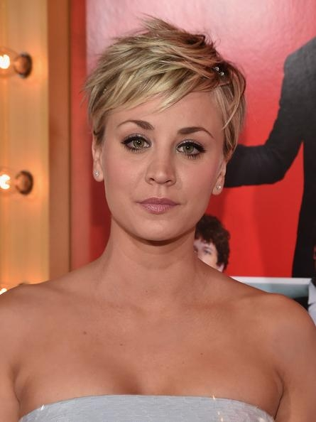 Kaley Cuoco Messy Cut – Kaley Cuoco Short Hairstyles Looks With Kaley Cuoco Short Hairstyles (View 11 of 20)