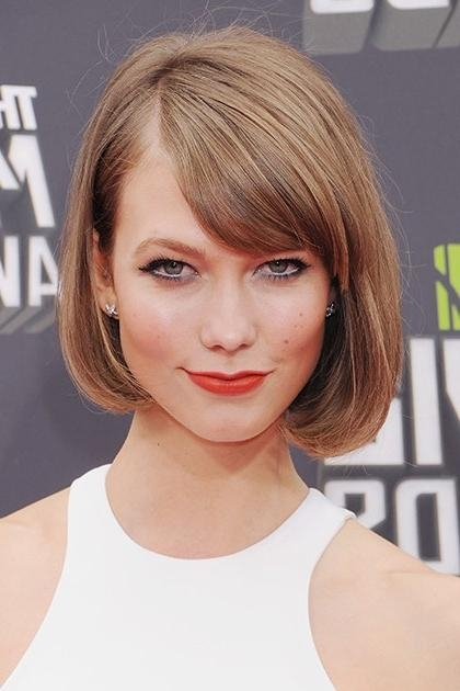 Karlie Kloss Best Beauty Moments | Teen Vogue With Karlie Kloss Short Haircuts (View 8 of 20)