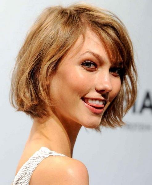 Karlie Kloss' Short Hairstyles: Bob Haircut For Short Hair With Karlie Kloss Short Haircuts (View 17 of 20)