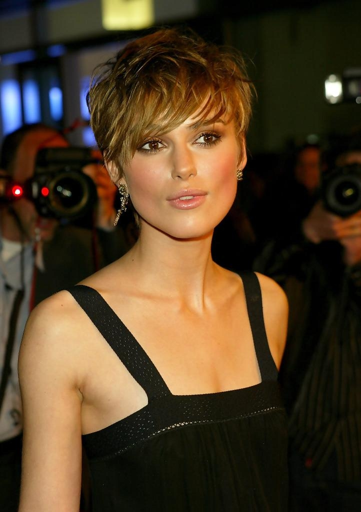 Keira Knightley – The Cutest Celebrity Pixie Haircuts – Stylebistro In Keira Knightley Short Haircuts (View 14 of 20)