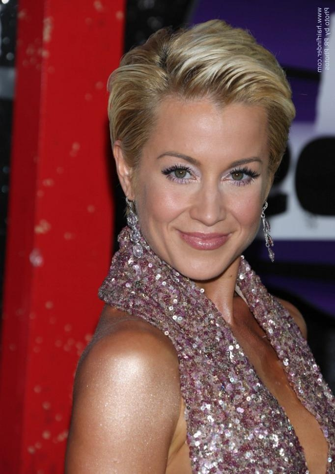 Kellie Pickler's Pixie | Short And Simple Slicked Back Hairstyle Within Short Hairstyles Swept Off The Face (View 17 of 20)