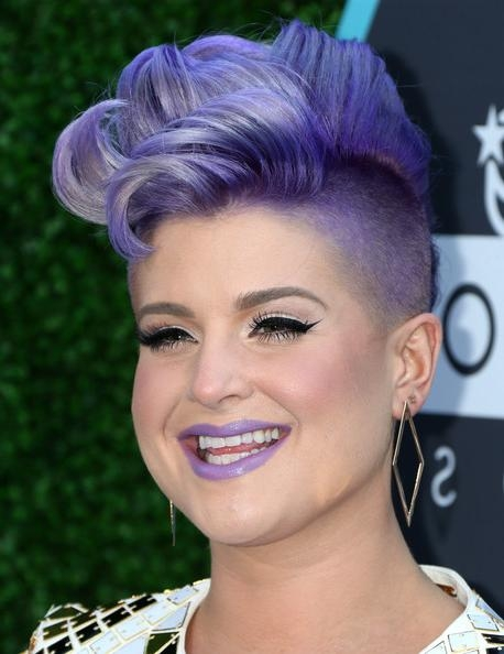 Kelly Osbourne Fauxhawk – Kelly Osbourne Short Hairstyles Lookbook Regarding Kelly Osbourne Short Haircuts (View 6 of 20)