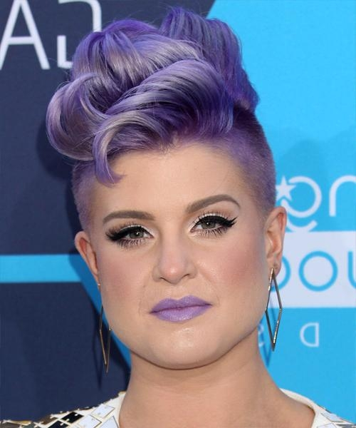 Kelly Osbourne Hairstyles For 2018 | Celebrity Hairstyles Inside Kelly Osbourne Short Haircuts (View 8 of 20)