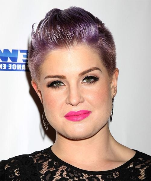 Kelly Osbourne Short Straight Casual Hairstyle – Purple Hair Color Throughout Kelly Osbourne Short Haircuts (View 14 of 20)