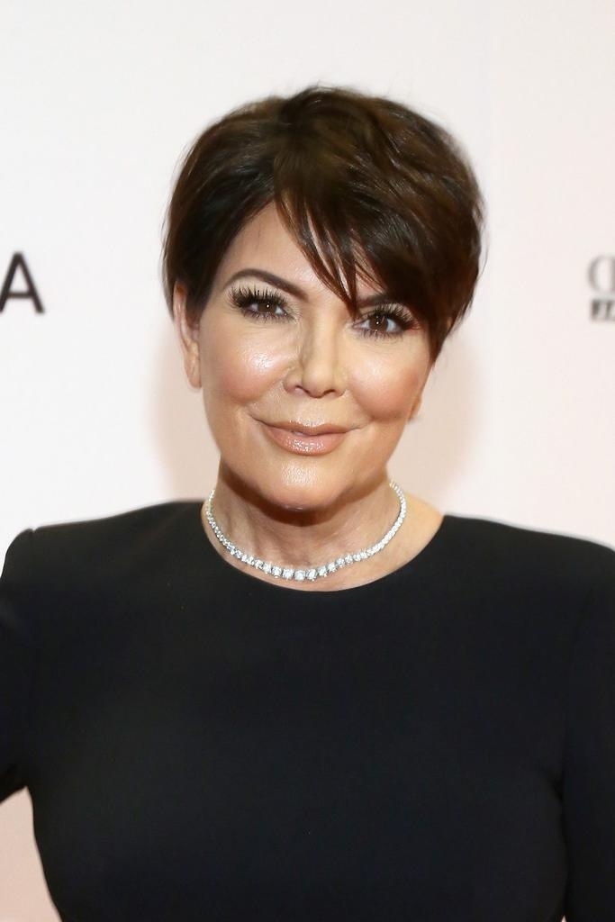 Kris Jenner Short Hairstyles Lookbook – Stylebistro In Kris Jenner Short Haircuts (View 11 of 20)