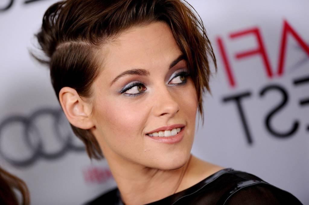 Kristen Stewart Side Short Hairstyles Is That Beauty Rock  03 Throughout Kristen Stewart Short Hairstyles (View 18 of 20)