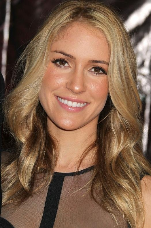 Kristin Cavallari Long Hairstyle: Soft Curls – Pretty Designs Pertaining To Kristin Cavallari Short Haircuts (Gallery 13 of 20)