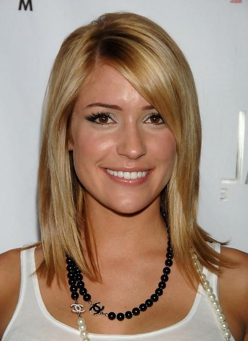 Kristin Cavallari Medium Hairstyle: Shinny Straight Hair – Pretty Regarding Kristin Cavallari Short Hairstyles (View 11 of 20)