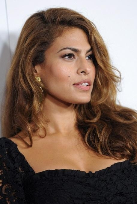 Latest Long Hairstyles Side Part Pertaining To Eva Mendes Glamorous Long Side Part Hairstyle For Long Hair (View 15 of 20)