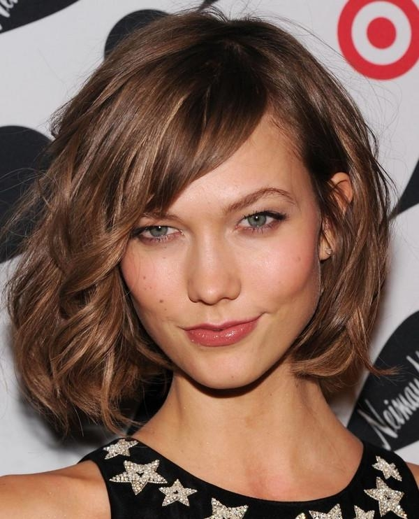 Latest Medium Long Haircuts With Side Bangs With Long Layered Hairstyles With Side Bangs (View 3 of 15)