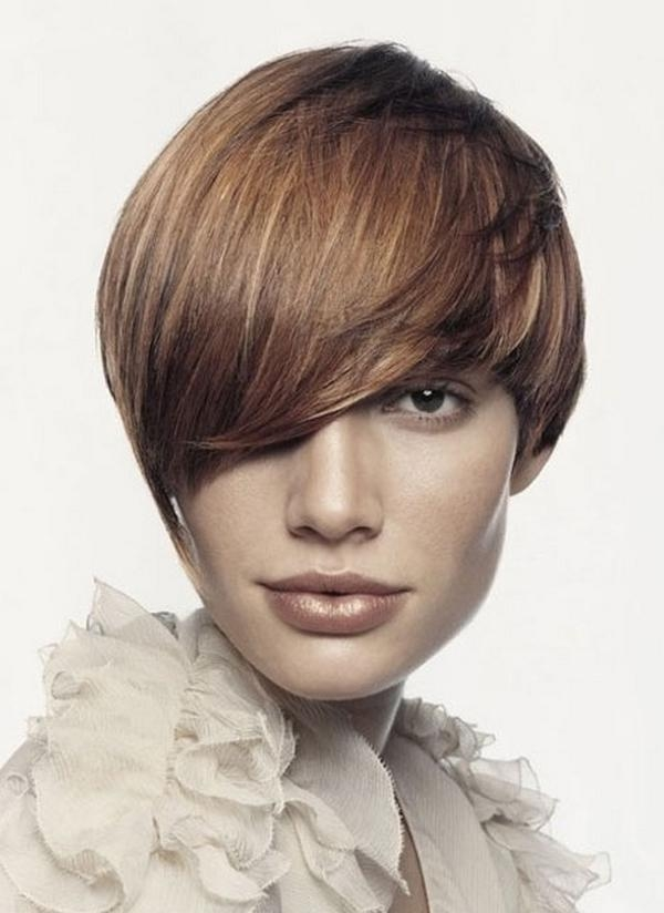 Latest Short Haircuts For Spring Summer 2018 Throughout Short Hairstyles For Spring (View 12 of 20)