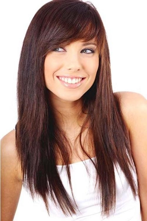 Latest Side Bang Long Hairstyles Regarding 55 Hairstyles With Bangs And Fringes To Inspire Your Next Haircut (View 18 of 20)