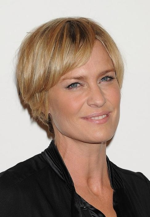 Layered Short Choppy Razor Cut For Mature Lady – Robin Wright Penn Throughout Choppy Short Hairstyles For Older Women (View 18 of 20)