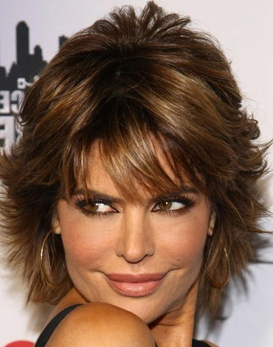 Lisa Rinna Layered Razor Cut | Lisa Rinna, Cut Shorts And Short Within Razor Cut Short Hairstyles (View 12 of 20)