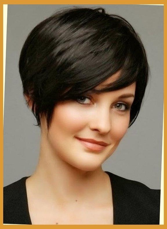 Low Maintenance Short Haircuts For Wavy Hair | Hairstyles Tips In With No Maintenance Short Haircuts (View 15 of 20)