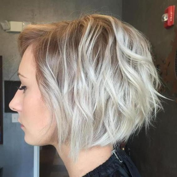 Más De 25 Ideas En Tendencia Sobre Ash Blonde Short Hair En Within Ash Blonde Short Hairstyles (View 17 of 20)