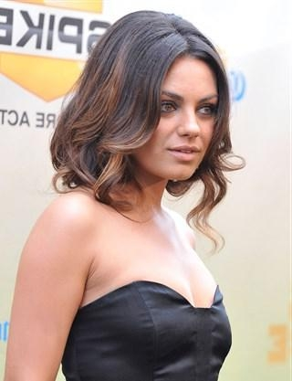 Mila Kunis Rocks A Faux Bob At 'bad Moms' Premiere Intended For Mila Kunis Short Hairstyles (View 16 of 20)