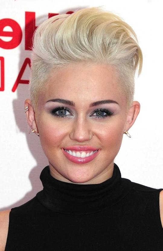 Miley Cyrus Edgy Look Shaved Sides Short Hair – Women Hairstyles Regarding Short Hairstyles With Both Sides Shaved (View 17 of 20)