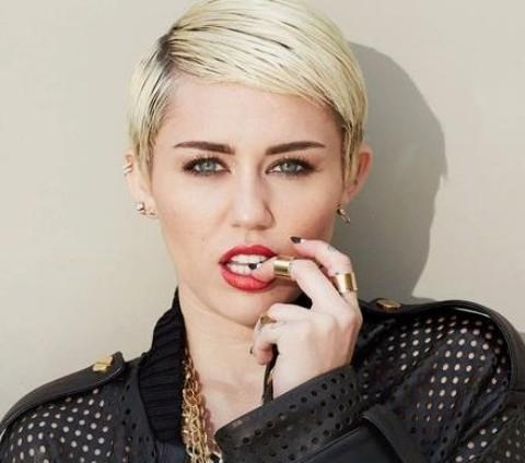 Miley Cyrus Hairstyles: Handsome Short Haircut – Pretty Designs Intended For Miley Cyrus Short Haircuts (View 7 of 20)