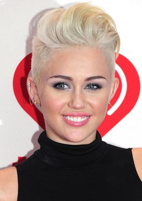 Miley Cyrus Hairstyles: Platinum Short Haircut – Pretty Designs For Miley Cyrus Short Hairstyles (View 7 of 20)