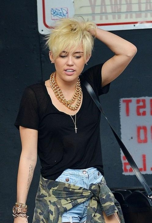 Miley Cyrus Short Haircut 2013 – Hairstyles Weekly Throughout Miley Cyrus Short Haircuts (View 11 of 20)