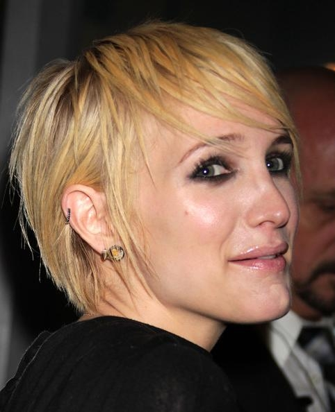 More Pics Of Ashlee Simpson Short Straight Cut (12 Of 14) – Short With Regard To Ashlee Simpson Short Hairstyles (View 18 of 20)